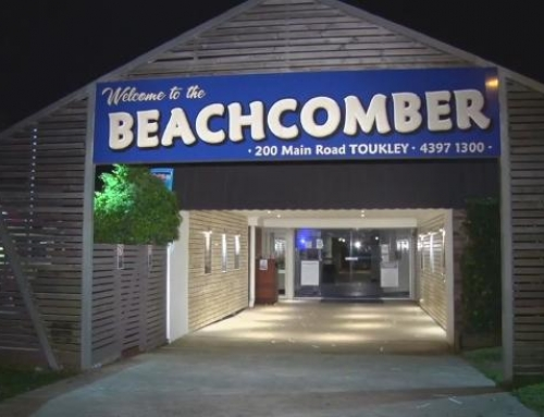 New Friday Night KARAOKE at The Beachcomber Hotel in Toukley